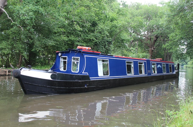 Narrowboat 62' Starline with Cabin Lift